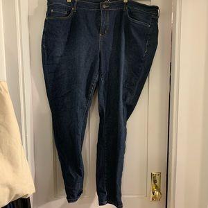 Torrid curvy skinny dark wash 24R jeans